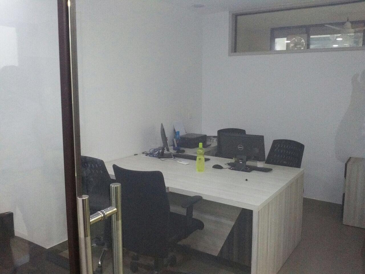 Prime Location Fully Furnished space with plug n play facility