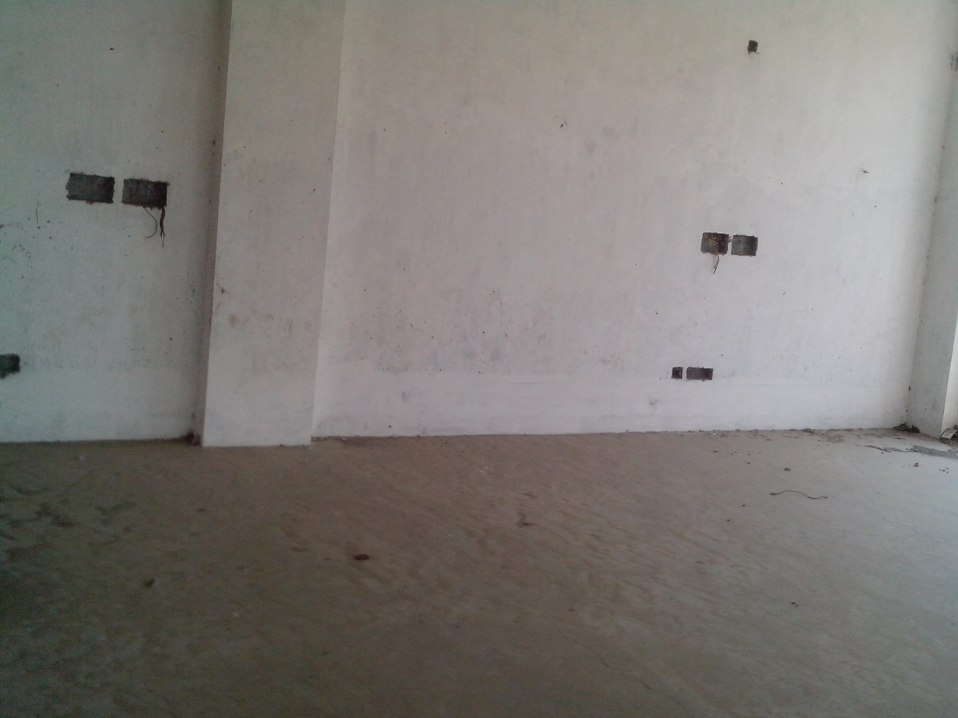 Commercial space for shop/bank