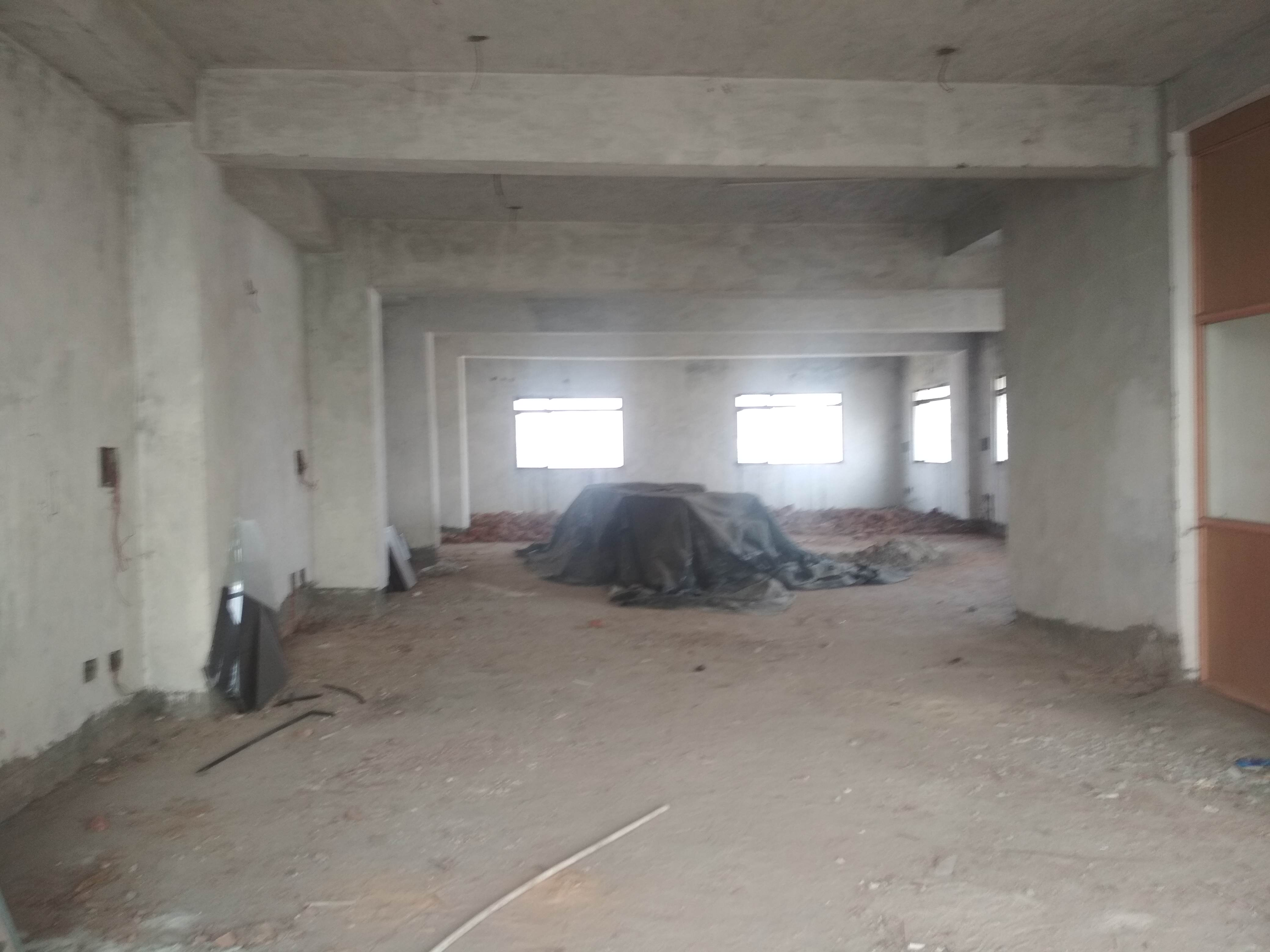 Unfurnished space in newly constructed building