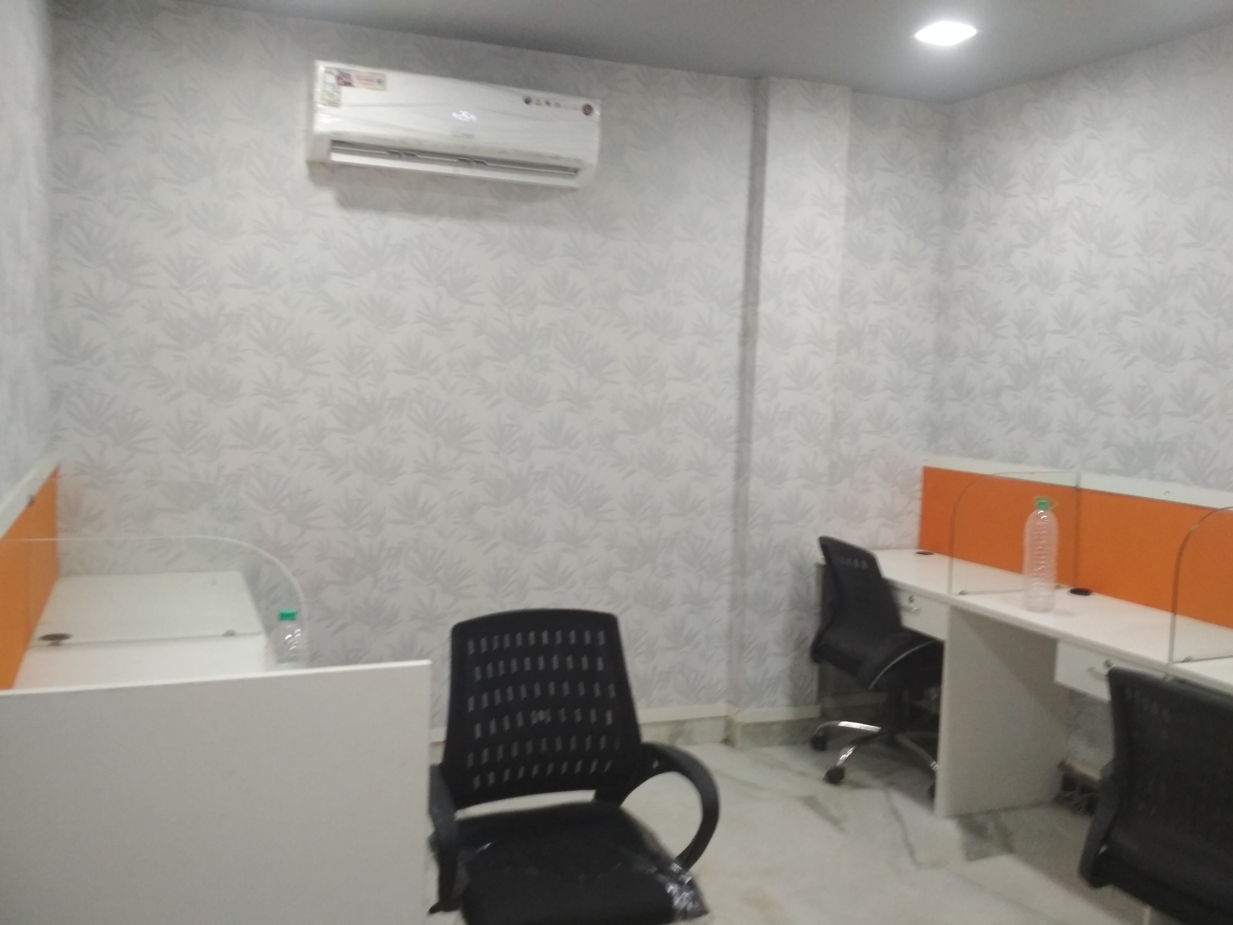 Exellent location fully furnished space