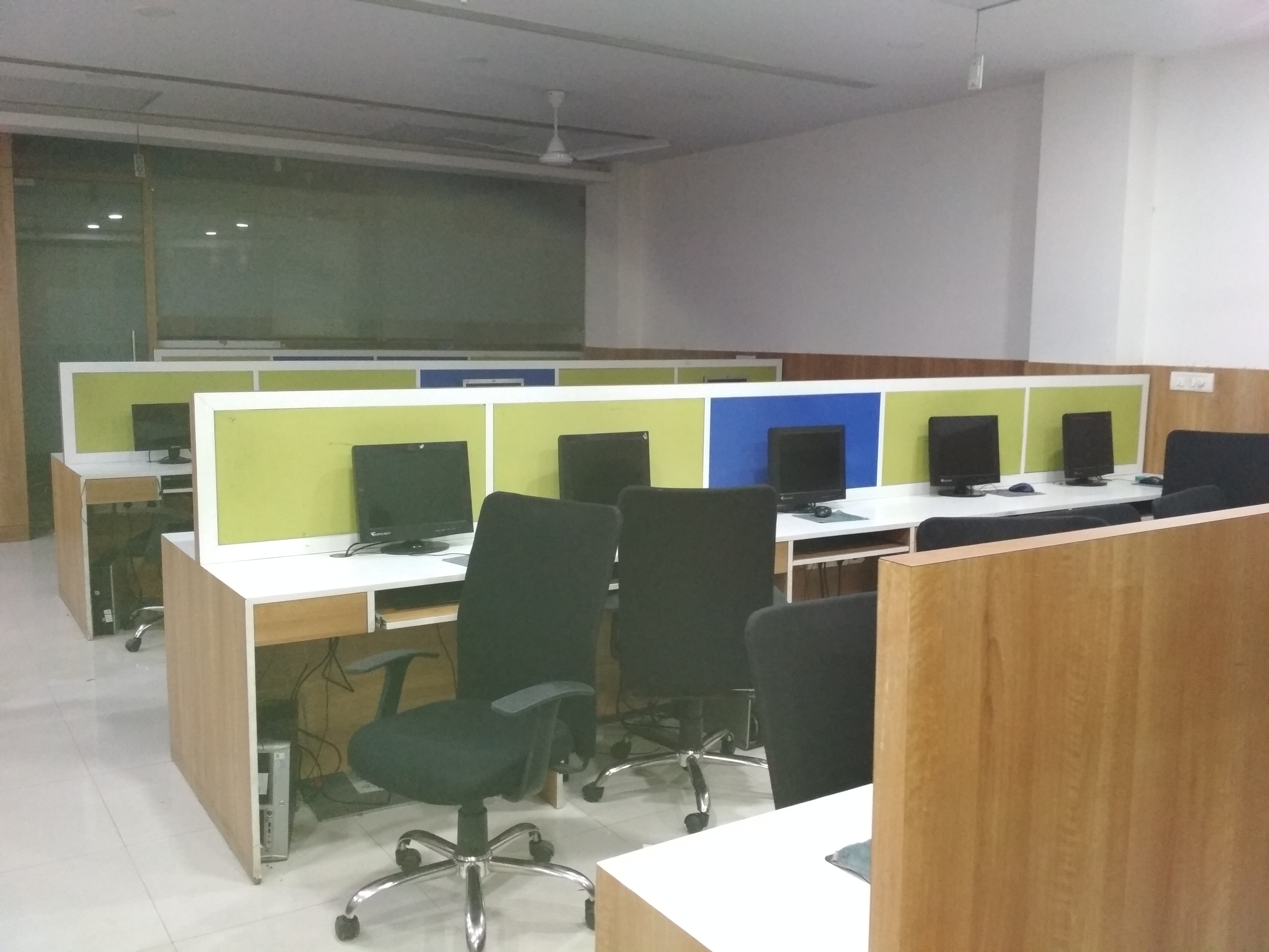 Expediently located Fully Furnished space with plug n play facility
