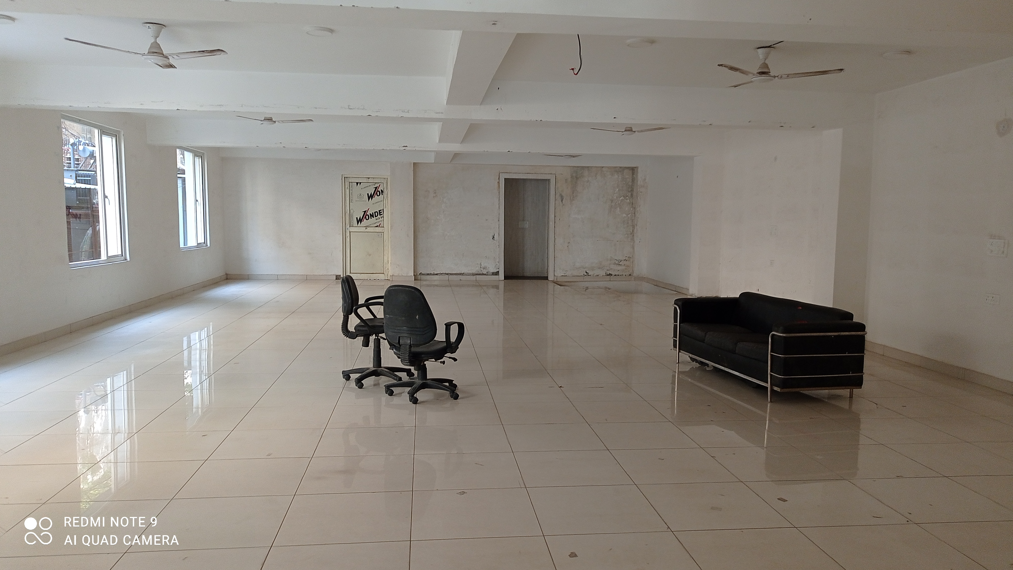 Unfurnished office space for rent on 18m road